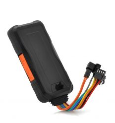 Real-Time GPS Tracker with Quad Band